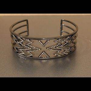 NWT Stella & Dot Fontaine Cuff Bracelet